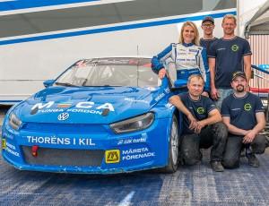 (Svenska) Ramona till semifinal i RallyX Nordic i Solvalla
